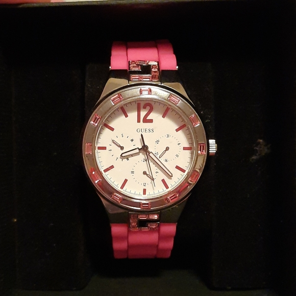 Guess watch 50m water resistant